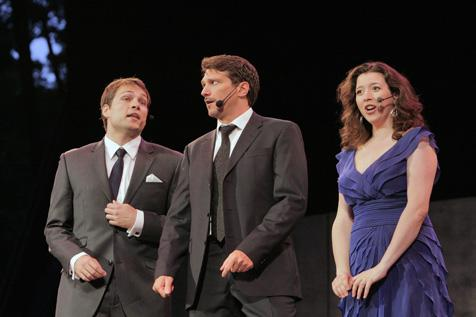 Alek Shrader, Paulo Szot and Lisette Oropesa at the Met Opera's SummerStage concert in 2009.