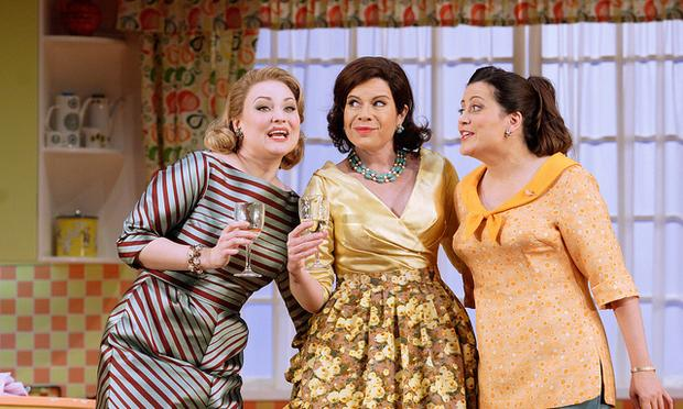 Kai Rüütel as Meg Page, Amanda Forsythe as Nannetta, Ana Maria Martinez as Alice Ford in Falstaff