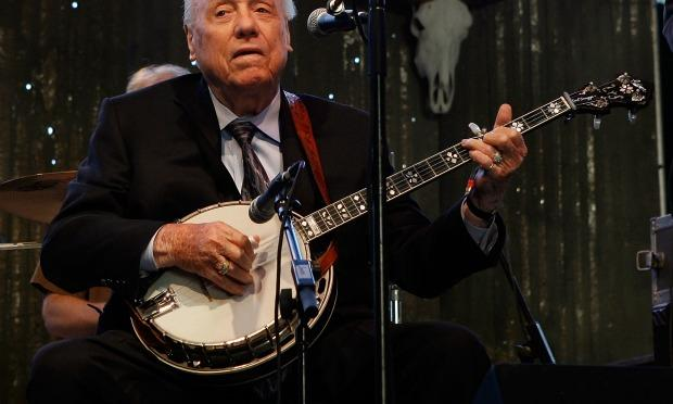 Earl Scruggs playing the Stagecoach Music Festival in 2009.