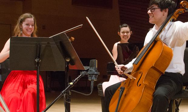 Aubree Oliverson, Zlatomir Fung and Adria Ye of the Finkel-Wu Han Smetana Piano Trio perform.