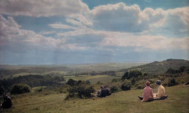 Locals enjoy the view of the Surrey Hills in England, 1928. (Photograph by Clifton R. Adams, National Geographic)