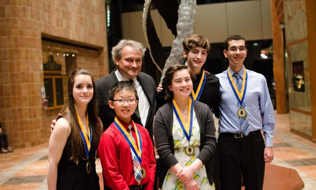 Christopher O'Riley joins young musicians in Lake Jackson.