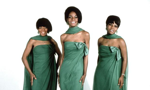Martha And The Vandellas' song 'Dancing In The Street' wins best summer song.