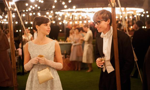 Felicity Jones stars as Jane Wilde and Eddie Redmayne stars as Stephen Hawking in <em>The Theory of Everything</em>