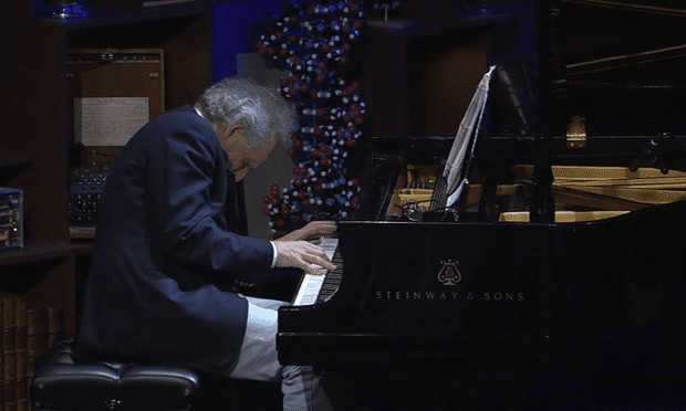 Zander takes to the TED stage with Chopin's Prelude No. 4