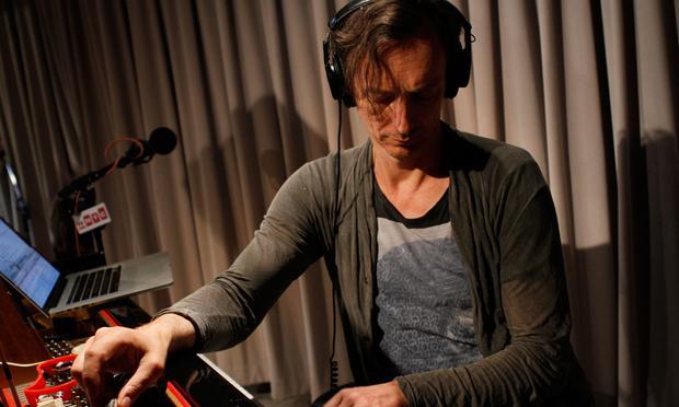 Hauschka performs in the Soundcheck studio.