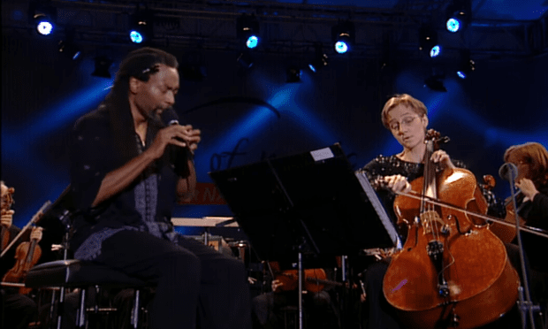 McFerrin (left) and Veronika Wilhelm performing Vivaldi's Concerto for Two Cellos in G minor.