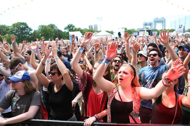 Fans wave and sing along to J. Roddy Walton   The Business at Governors Ball.