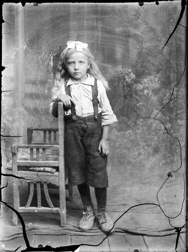 Costică Acsinte's original photo used in Jane Long's Innocence