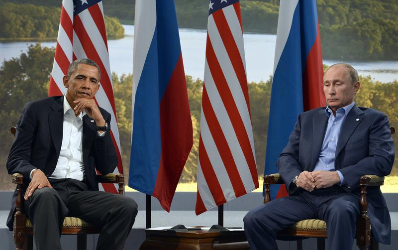 US President Barack Obama (L) holds a bilateral meeting with Russian President Vladimir Putin during the G8 summit at the Lough Erne resort near Enniskillen in Northern Ireland, on June 17, 2013.