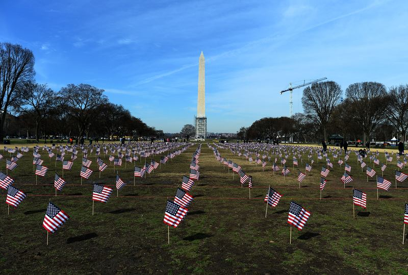 Iraq and Afghanistan veterans installed the flags to represent the 1,892 veterans and service members who committed suicide this year.  National Mall in Washington, DC, on March 27, 2014.