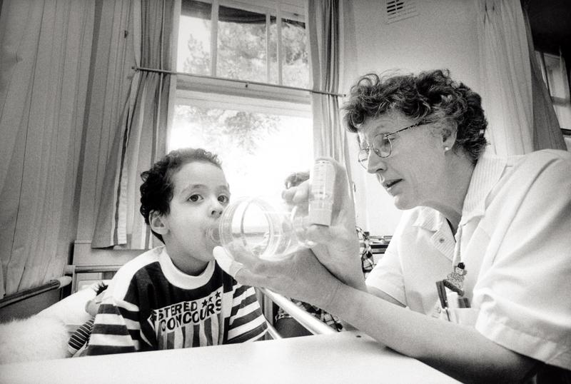 In this undate image a child is helped with an asthma inhaler. A report released on May 3, 2005 to mark World Asthma Day claims that one person dies from asthma every hour in Western Europe.