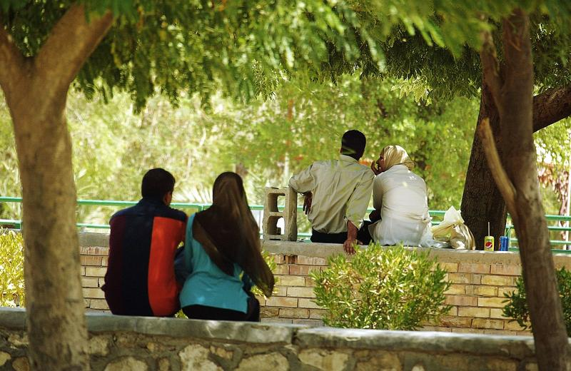 Iraqi couples are seen enjoying the calm of Baghdad zoo on September 2, 2006 in Baghdad, Iraq.