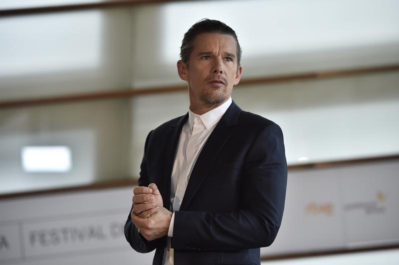 US actor, Ethan Hawke poses during a photo call before receiving a Donostia Award for his contribution to the cinema, in San Sebastian, northern Spain, Saturday, Sept. 17, 2016.