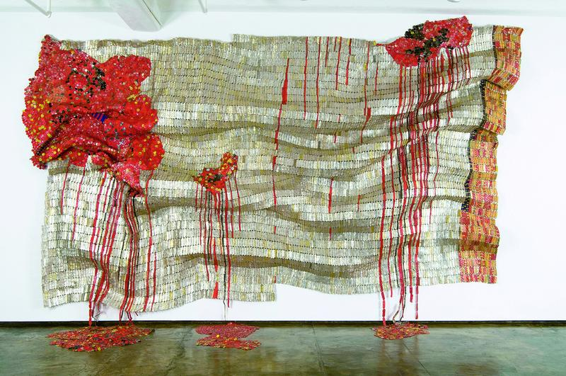 El Anatsui, Bleeding Takari II, 2007. Photo Courtesy Jack Shainman Gallery, New York.