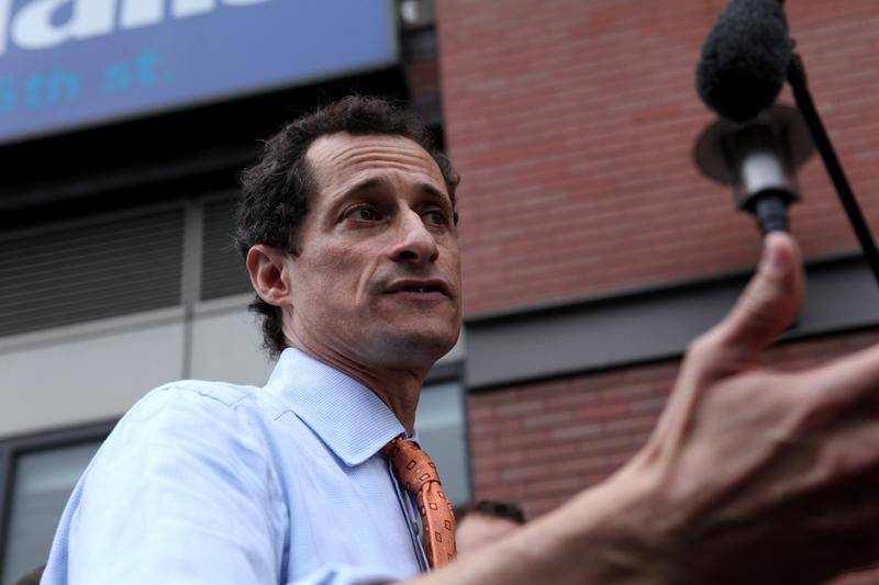 Mayoral candidate Anthony Weiner at his first campaign appearance at the 125th subway stop in Harlem.