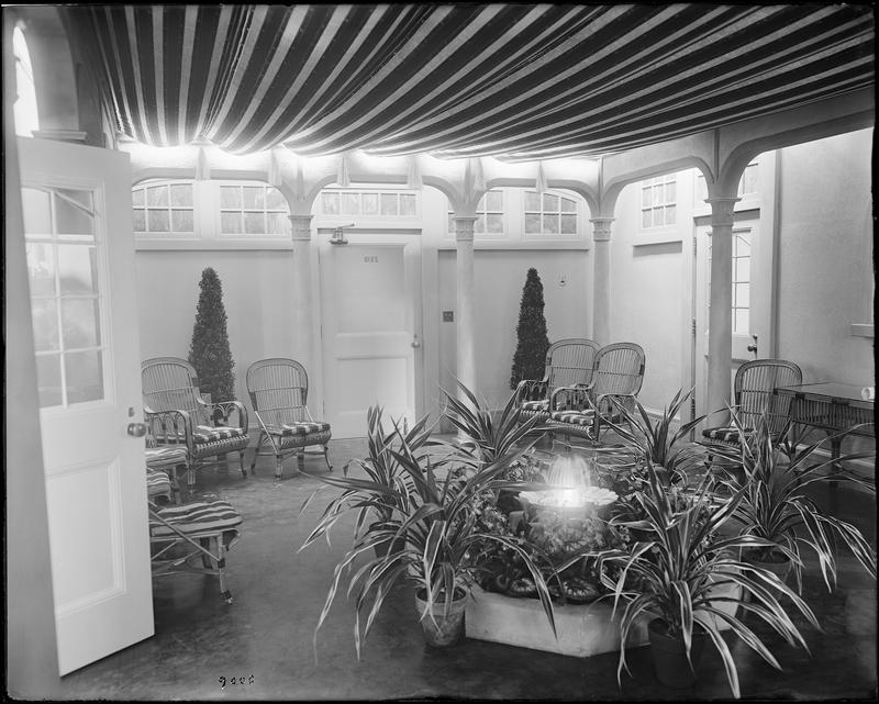 WNYC's Waiting Room (Green Room) a day before the station began broadcasting,  July 7, 1924.