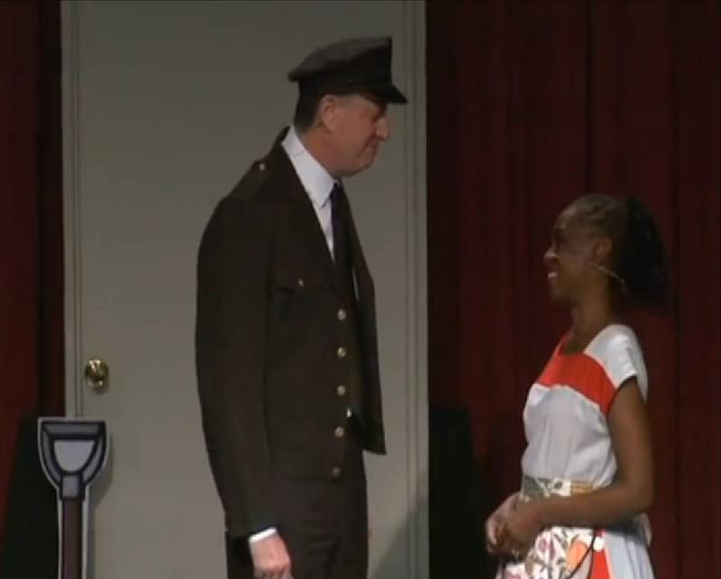 Mayor Bill de Blasio and First Lady Chirlane McCray perform at the 2014 Inner Circle show.