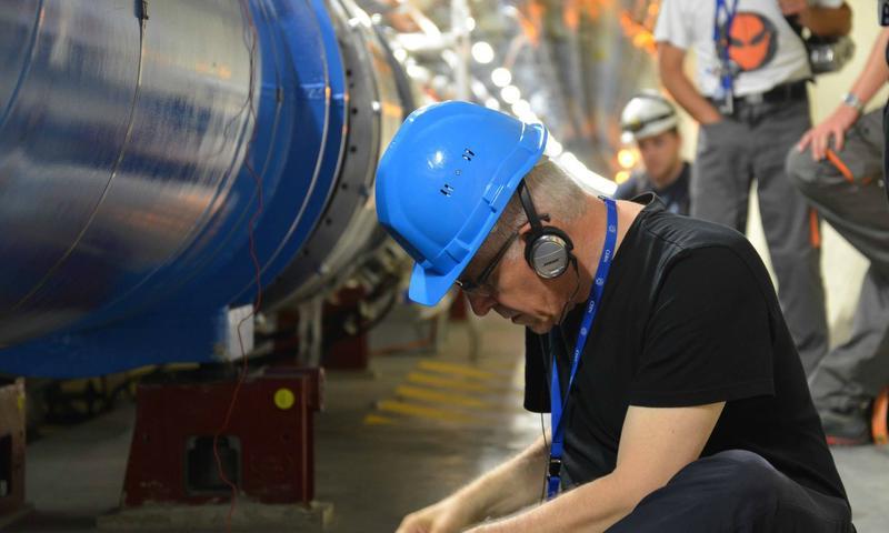 Sound artist Bill Fontana recording sound samples at CERN