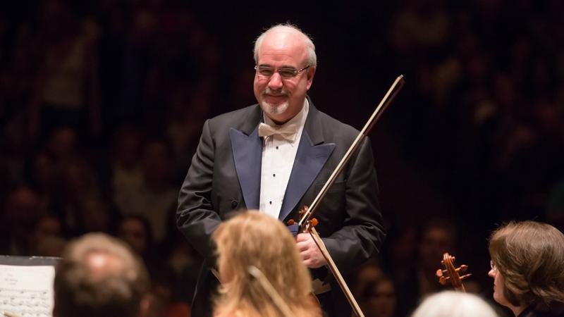 The New York Philharmonic's concertmaster Glenn Dicterow will be leaving New York after 34 years at his post.