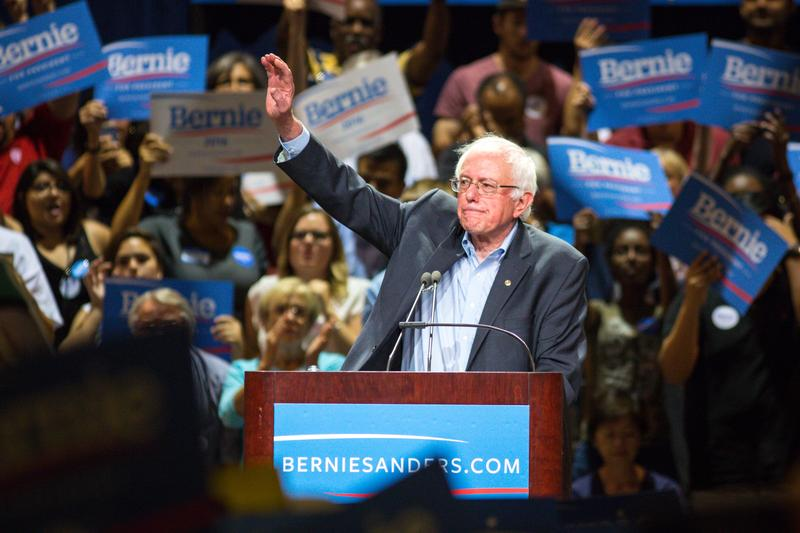 U.S. Sen. Bernie Sanders (I-VT) speaks to the crowd at the Phoenix Convention Center July 18, 2015 in Phoenix, Arizona.
