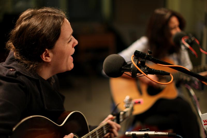 Lucy Wainwright Roche performs with her mother, Suzzy Roche, live in the Soundcheck studio.