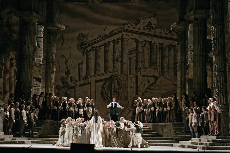 A scene from Mozart's Idomeneo.