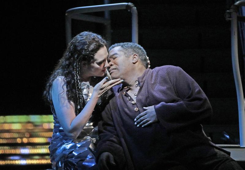 Eric Owens as Jaufré Rudel and Susanna Phillips as Clémence in Kaija Saariaho's 'L'Amour de Loin'.