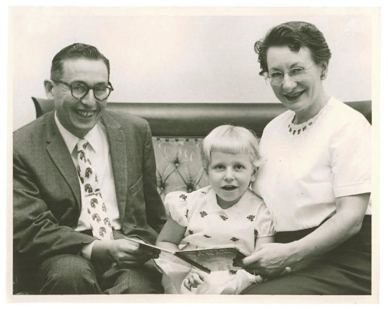 Roz Chast with her parents