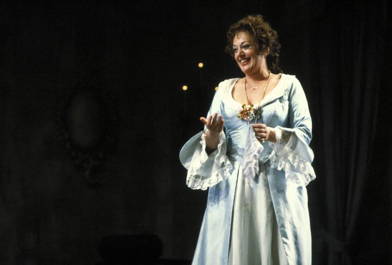 Mezzo-soprano Tatiana Troyanos as Dorabella in 'Così fan tutte' at the San Francisco Opera.