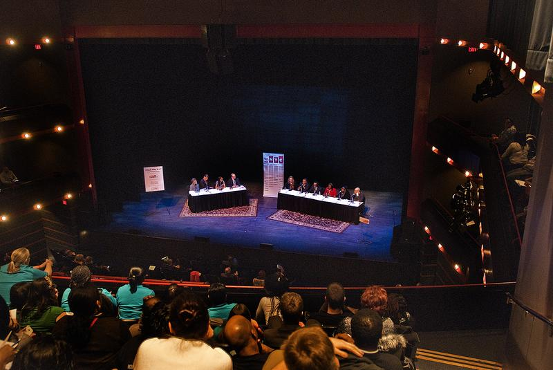 The crowd and panel at a community forum on education in Newark, New Jersey, moderated by WNYC's Brian Lehrer.