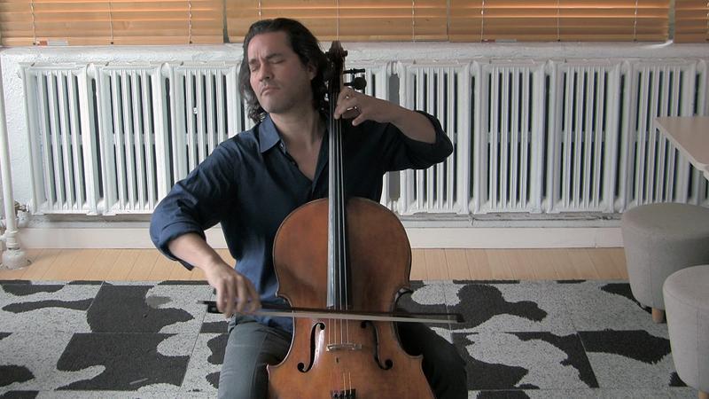 Cellist Zuill Bailey.