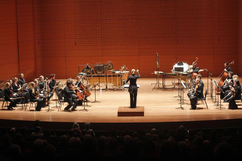 Conductor Susanna Mälkki with Juilliard's ensemble, AXIOM, and members of the Sibelius Academy