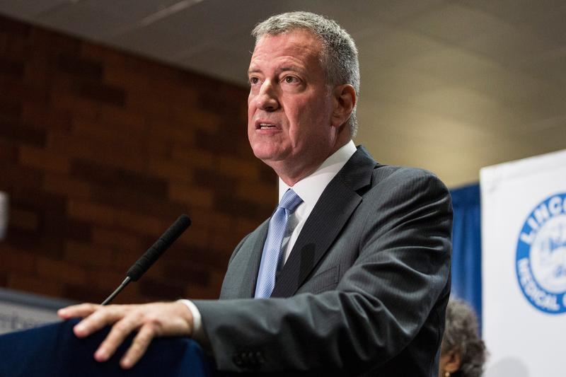 New York City Mayor Bill de Blasio speaks at a press conference to address the Legionnaire's disease outbreak in the city at Lincoln Hospital on August 4, 2015 in the Bronx borough of New York City.