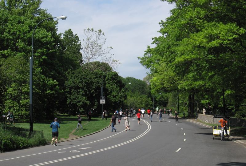 nyc 39 s summer streets 2013 includes car free central park wnyc. Black Bedroom Furniture Sets. Home Design Ideas