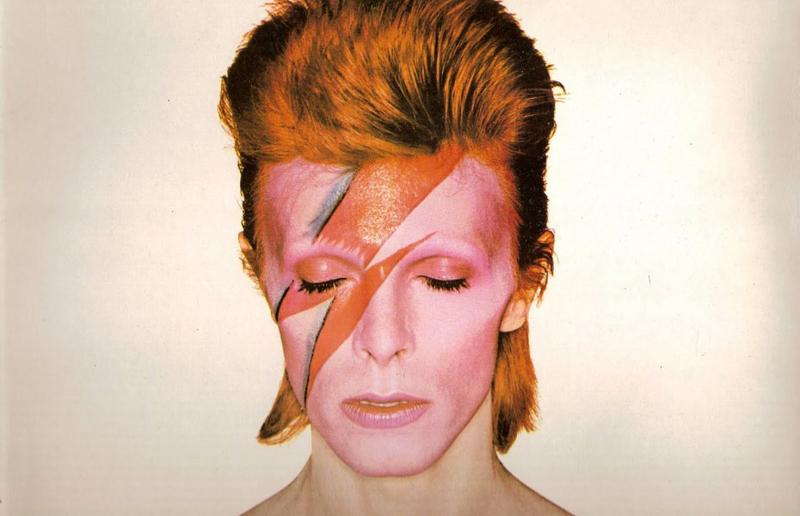 David Bowie during the cover shoot for his album Aladdin Sane in 1973