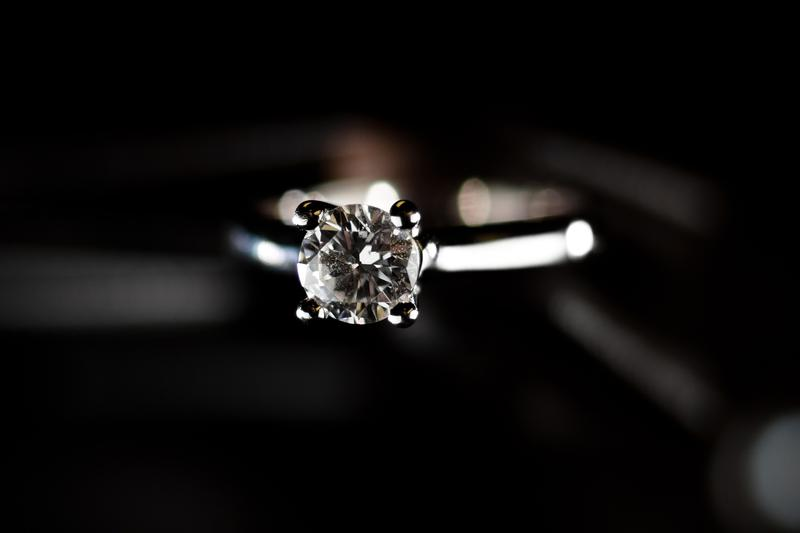 How do you know you're getting an ethically-sourced, well-priced diamond ring?