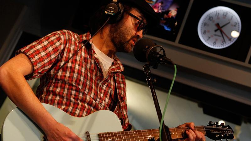 Eels frontman Mark Oliver Everett performs in the Soundcheck studio.