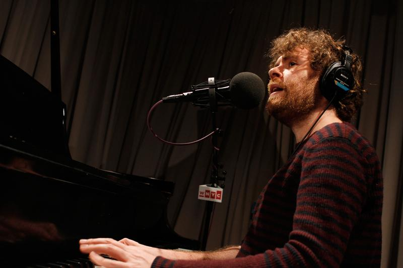 Gabriel Kahane performs in the Soundcheck studio.