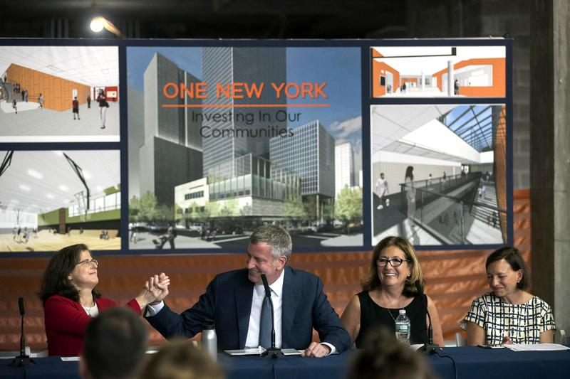 Mayor Bill de Blasio in August at the future site of a new school building called Riverside Center. The city wants to re-site P.S. 191 to the space, as part of a plan to rezone the Upper West Side.