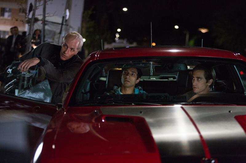 Director/Writer Dan Gilroy, Riz Ahmed and Jake Gyllenhaal on the set of 'Nightcrawler,' opening October 31, 2014.