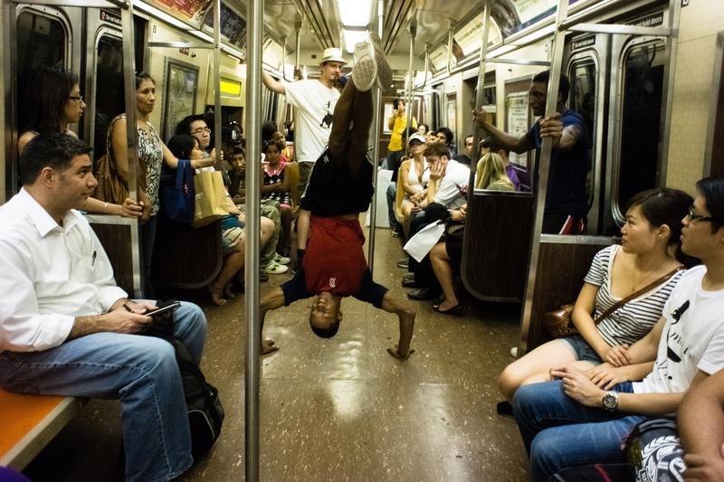 Subway breakdancers, R Train