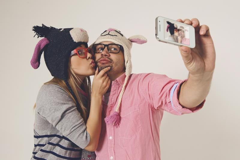 The science behind a selfie might help you score a date online.