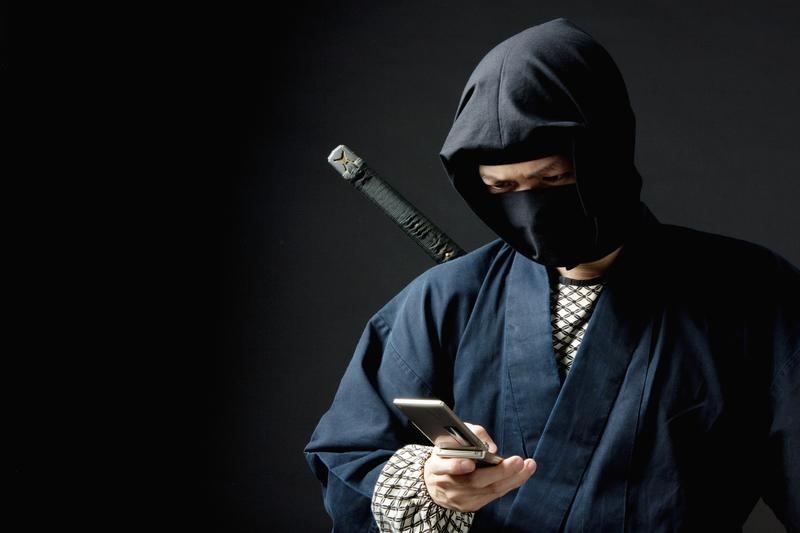 'Social Media Ninja' is not a real thing. Don't call yourself that. Dorie Clark says you should stick to the facts when promoting your best qualities.