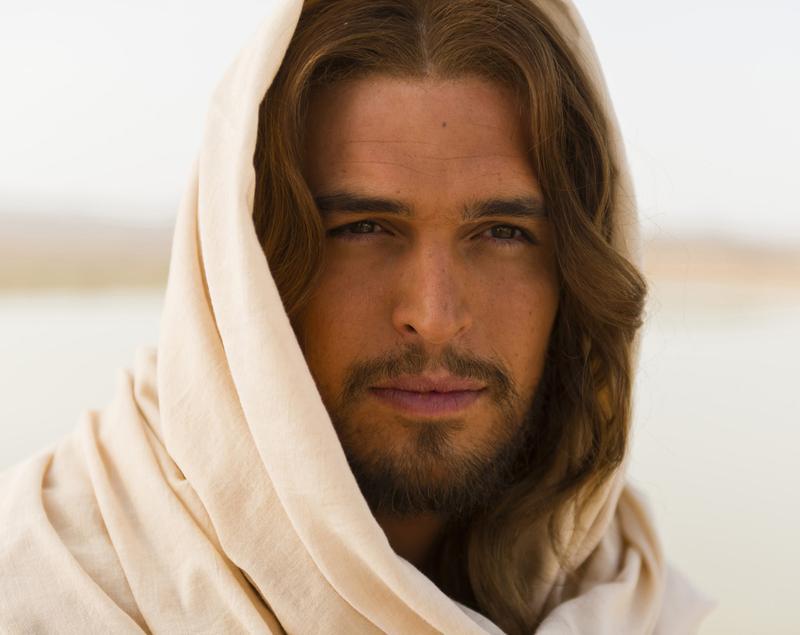 Diogo Morgado as Jesus in <em>Son of God</em>