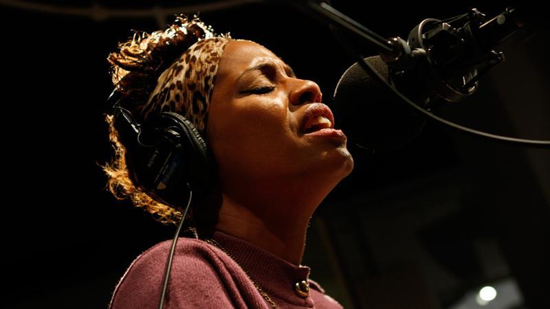 Tecla performs in the Soundcheck studio.