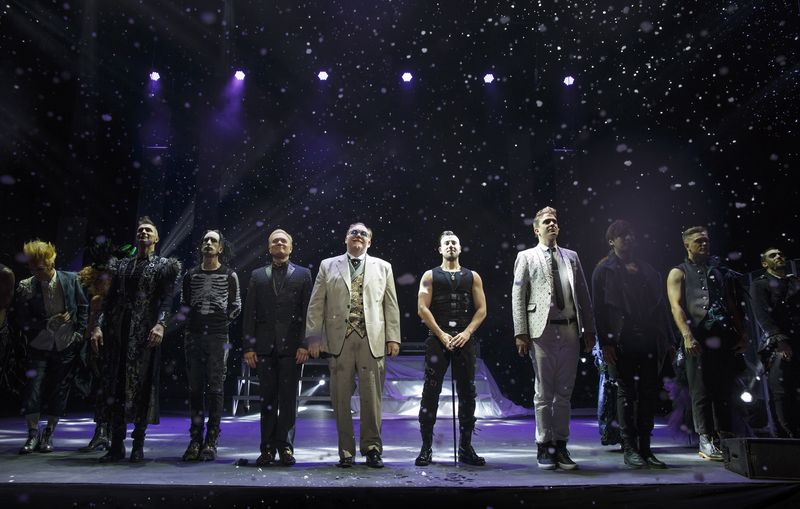 The cast of 'The Illusionists.'