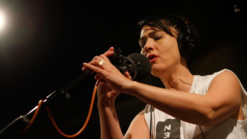 Kathleen Hanna performs with The Julie Ruin in the Soundcheck studio.