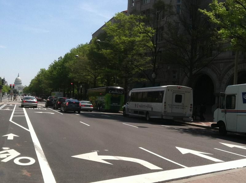 Tour buses lining up on Pennsylvania Avenue N.W.