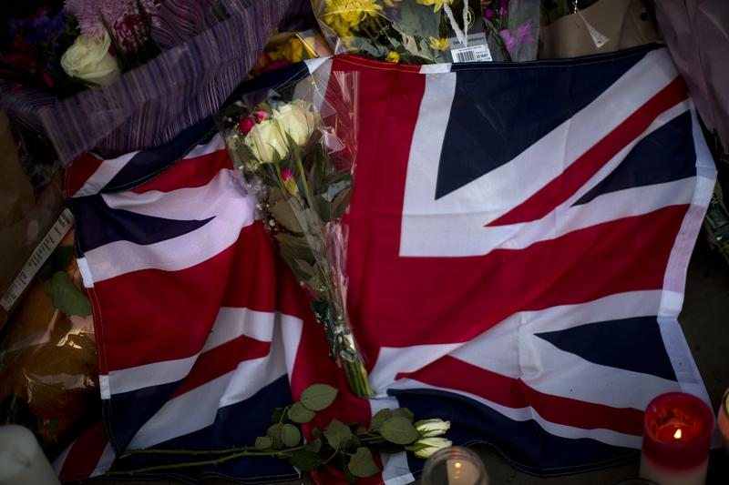Thousands of mourners turned out for a vigil in the center of Manchester to honor those who died during the terror attack at a rock concert.